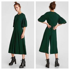 Zara Cropped jumpsuit voluminous sleeves